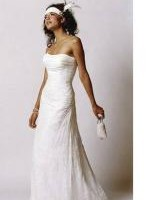 Beautiful Strapless Wedding Dress by Mariana Hardwick