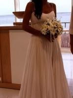 Beautiful Mariana Hardwick Wedding Dress