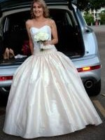 Beautiful Strapless Wedding Gown by Wendy Makin