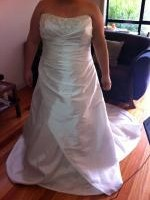 Gorgeous Strapless Wedding Dress - Brand New With Tags. Will Fit Sizes 20-26