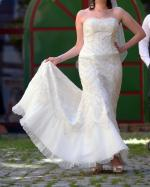 Classic and Timeless wedding gown