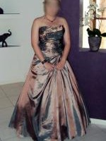 Elegant Strapless Gown for Formal or Evening wear