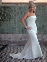 Beautiful Strapless Wedding Dress by Peter Trend