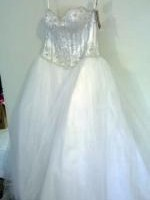 Beautiful Never Been Worn Wedding Dress by Barbra Calabro-Princess with Cathedral Train