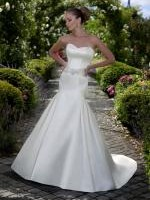 Stunning NEW Strapless Fishtail Wedding Dress by Essense of Australia