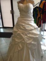 Gorgeous Barbra Calabro design wedding gown Giselle - New!