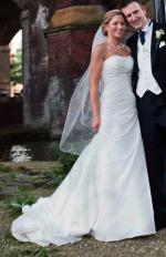 Elegant Strapless Ivory Wedding Dress By Benjamin Roberts
