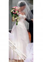 Mariana Hardwick Wedding Gown