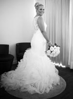 Stunning Pronovias Mermaid Wedding Gown - perfect condition!