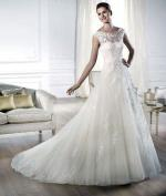 Gorgeous Pronovias Wedding Gown
