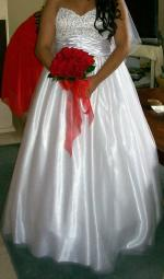 Beautiful Strapless full length Wedding Dress