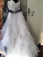 Stunning Sweetheart Strapless Wedding Dress